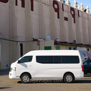 Transporte en Van Nissan Urvan 2014, 15 pasajeros, en Tijuana, Baja California