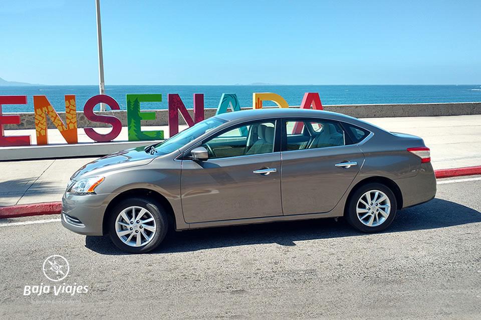 Transporte Sedan Nissan Sentra 2016, traslados en Baja California, Ensenada, Tijuana, Valle de Guadalupe.