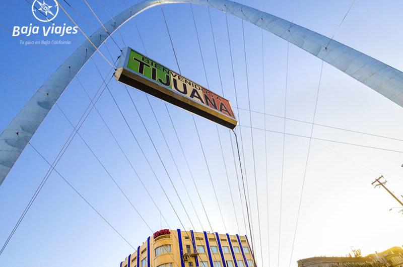 Arco del Milenio en Avenida Revolución, Tijuana.