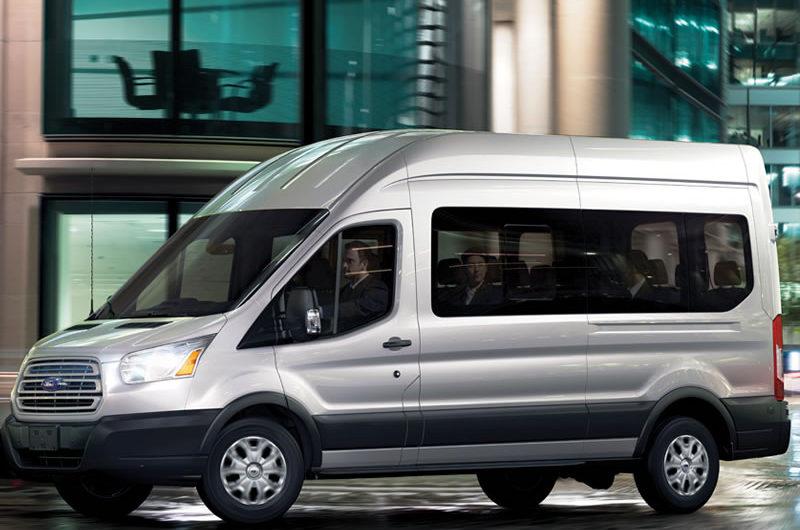 Van Ford Transit 2016, 18 pasajeros - Transporte Turístico en Baja California