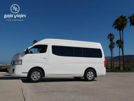 Van Nissan Urvan 2015, 15 pasajeros. Transporte turístico en Baja California.