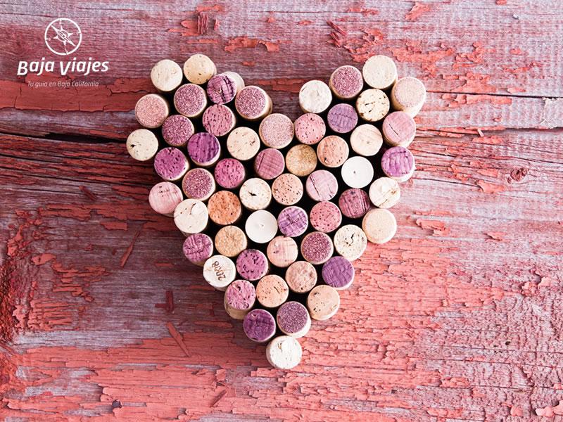 Decoración de corchos en forma de corazón