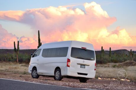 Transporte Van en La Reserva Biosfera del Vizcaino, Baja California Sur