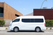 Transporte tipo Van con chofer para 13 pasajeros